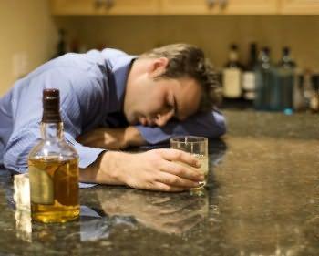 Как снять похмельный синдром после запоя