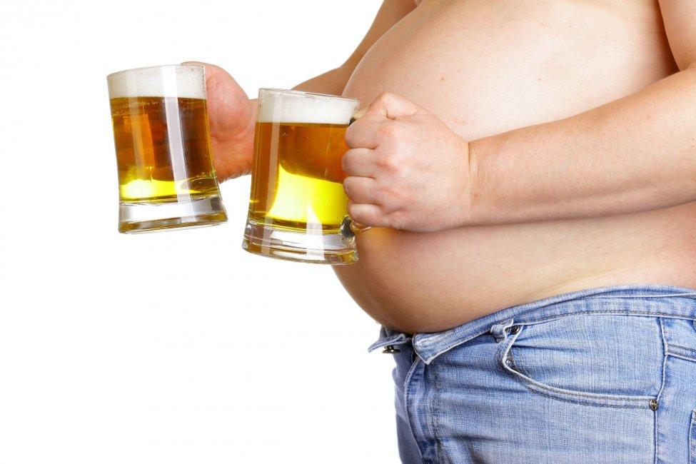 Пивной алкоголизм у мужчин - симптомы