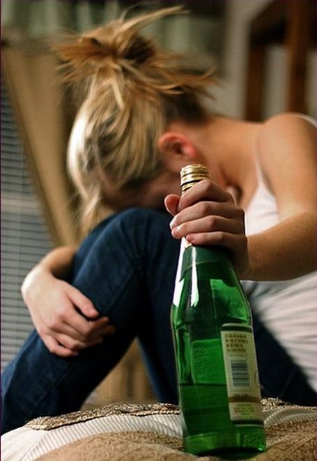 Что делать, если тошнит после алкоголя