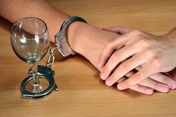 Как отправить алкоголика на принудительное лечение