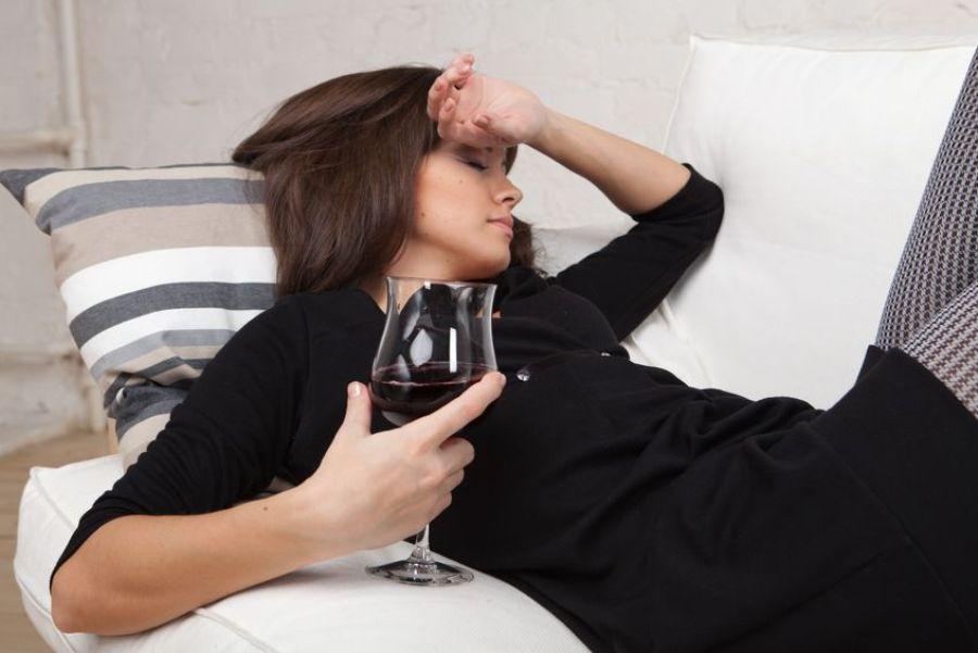 Жена пьет каждый день - что делать