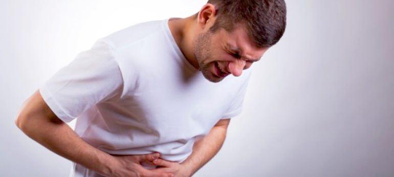С похмелья болит желудок
