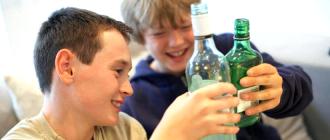 Проблемы употребления алкоголя у подростков