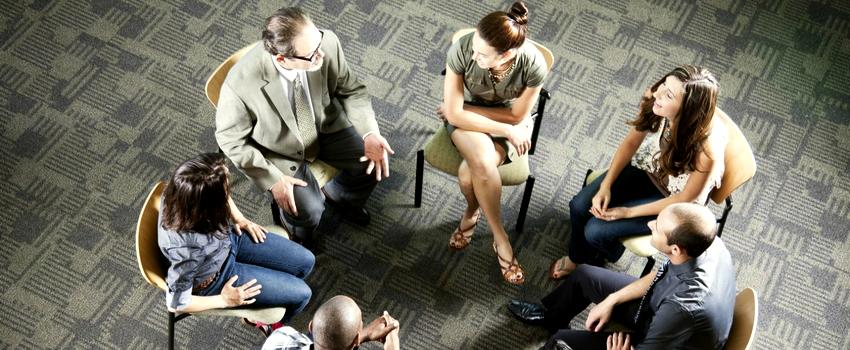 Групповые встречи в клубах бывших наркоманов