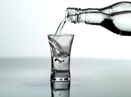 Аллергия на алкоголь: симптомы и первая помощь при непереносимости алкоголя