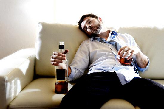 Как заставить человека бросить пить