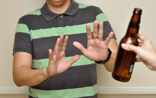 Алкоголь після видалення зуба
