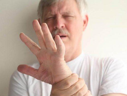 Что делать если трясутся руки с похмелья